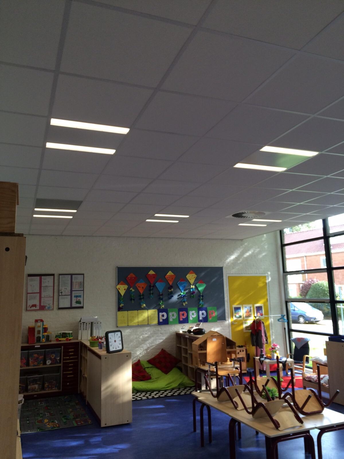Regenboogschool te Haarlem Klaslokaal LED-verlichting Borms Elektrotechniek